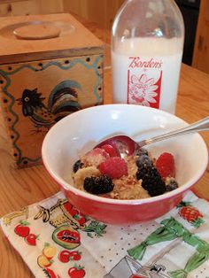 Allergy-Free Vintage Cookery: Oatmeal That Keeps You Full All Morning