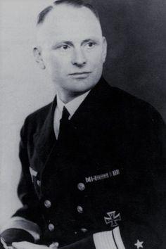 Admiral Theodor Burchardi (1892-1983), Kommandieriender Admiral östliche Ostsee, Ritterkreuz 29.09.1944, Eichenlaub (823) 08.04.1945