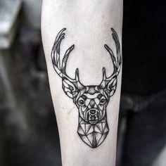 10 Stunning Deer Tattoo Designs for Girls