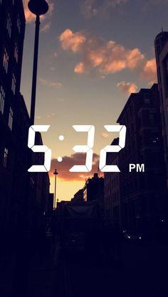 Paris Tumblr, Selfie Foto, Snapchat Stories, Snapchat Ideas, Snapchat Streak, Sunset Wallpaper, Galaxy Wallpaper, Snapchat Picture, Fotos Goals