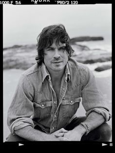 Writers Desk, Ian Somerhalder, Che Guevara, Twitter, Eye Candy, Hollywood, Eyes, Style, Pinterest Home Page