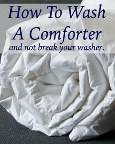 How to Wash Comforters How To Wash Comforter, Washing Down Comforter, Diy Cleaning Products, Cleaning Hacks, King Size Comforters, Washer Machine, Washing Soda, Front Load Washer, Queen