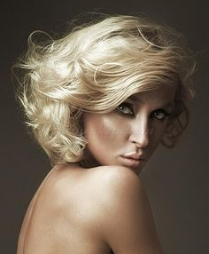 félhosszú+hullámos+frizurák+-+félhosszú+hullámos+női+frizura
