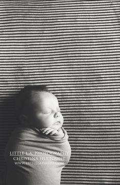 lifestyle newborn photography |