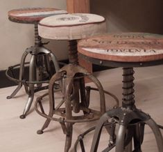 Antique Bar Stools - Home Interior Design Ideas Vintage Bar Stools, Industrial Bar Stools, Industrial Living, Industrial Interiors, Rustic Industrial, Industrial Furniture, Kitchen Industrial, Modern Stools, Lofts