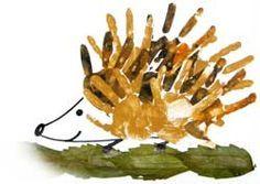 hand print hedgehog--so cute! Preschool Crafts, Crafts For Kids, Fingerprint Art, Footprint Crafts, Handprint Art, Autumn Crafts, Kids Hands, Hand Art, Forest Animals