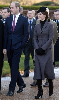 10 January 2016 - William and Kate join the royal family at Sandringham war memorial cross where the Queen marked the anniversary of the end of the Gallipoli campaign - jacket and skirt by Michael Kors Princesa Real, Princesa Kate, Prince William And Catherine, William Kate, Prince Philip, Gallipoli Campaign, Princesse Kate Middleton, Hm The Queen, Winter Suit