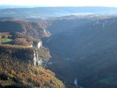 gorges-vallee-de-la-loue-Franche Comté guide du tourisme