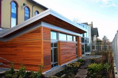 Seattle's Bertschi School Living Science Buiding is the first project in the world built to the Living Building Challenge standards and in a urban environment. Well done KMD Architects! Building Facade, Green Building, Sustainable Architecture, Sustainable Design, Sustainability Education, Seattle, Butterfly Roof, Green School, Challenge