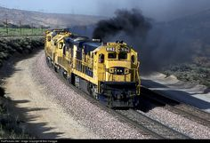 RailPictures.Net Photo: ATSF 8162 Atchison, Topeka & Santa Fe (ATSF) GE C30-7 at Summit, California by Bob Hanggie