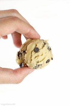 Edible Cookie Dough recipe and How-To Make it Healthier, Gluten-Free, Dairy-Free and Lower-sugar! Made edible and egg-less with just 7 simple ingredients!