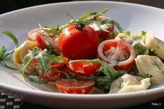 » Tortellini med norzolasaus, cherrytomater og ruccula