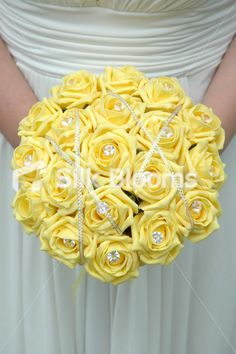 remove that stupid bling abd you have a perfect bridal bouquet for Debbie