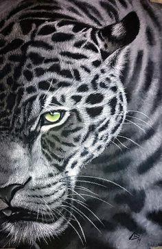 Wow more amazing work from HannaH! Mirada Esmeralda | Art Tutor