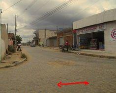 Rua Zadir Barbosa (ou Rosália Ferreira, como muitos a chamam) completa 120 dias sem água nas torneiras http://www.jornaldecaruaru.com.br/2015/11/rua-zadir-barbosa-ou-rosalia-ferreira-como-muitos-a-chamam-completa-120-dias-sem-agua-nas-torneiras/