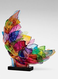 """Echo"" by Caleb Nichols - This breathtaking piece is created from blown glass forms that have been deliberately broken, then recombined and fused together into a kaleidoscopic sculpture that glows in the light. - SO INCREDIBLY BEAUTIFUL! Art Of Glass, Glass Artwork, Fused Glass Art, Stained Glass Art, Mosaic Glass, Broken Glass Art, Broken Glass Crafts, Sculptures Céramiques, Sculpture Art"