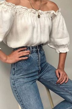 Off-shoulder linen top with high waisted blue jeans Is your everyday jeans outfit in a need of a little makeover? Spice things up with this season's chicest trends, from romantic puff sleeve shirt to the rhinestone belts. Mode Outfits, Outfits For Teens, Trendy Outfits, Fashion Outfits, Prom Outfits, Trendy Clothing, Jeans Fashion, Basic Outfits, Classy Outfits