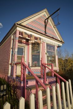 The Mad Hatter antique store. Love this place! I Believe In Pink, Cuppa Tea, Pink Houses, Flea Markets, Antique Stores, Cool Rooms, Beautiful Homes, Gazebo, The Neighbourhood