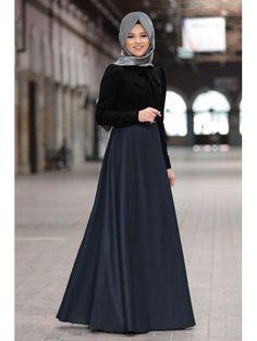 Al Marah Kübra Elbise Lacivert Abaya Fashion, Modest Fashion, Modele Hijab, Hijab Dress, The Dress, Dream Dress, Street Style, Formal, Hijabs