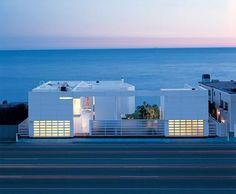 Modern White Beach House by Richard Meier; California