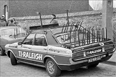 TI Raleigh - Peter Post - Team Car - Ford Consul