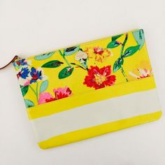 Kate Spade Willow Road Gia Floral printed on cotton twill, flat pouch with zip closure, 14 karat light gold hardware. kate spade Bags Clutches & Wristlets