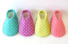 Pick Your Polka Dot Baby Girl Shoes Indicate at di TheWeeLittlePig