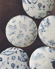 A series of beautiful mini ceramic plates all very carefully handcrafted by a young Japanese potter Aya Yamanobe has just been added to webshop #uguisustore ! Available for very limited stock, exclusive to international orders.