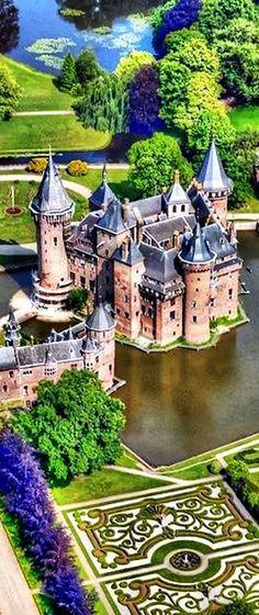 Haar Castle, Haarzuilens , Netherlands