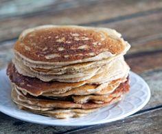 Grain-Free Maple Cinnamon Pancakes #paleo friendly #glutenfree
