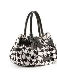 love this houndstooth purse