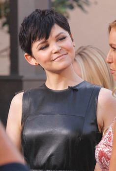 She rocks that pixie haircut so good!