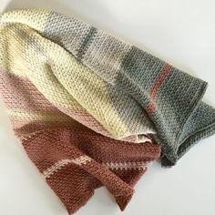 Dream Weaver Chunky Blanket crochet pattern for a blanket or couch throw by Little Monkeys Design.