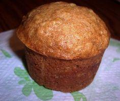 No-Fat zucchini muffins. Easy enough to swap out for banana, carrot, sweet potato, etc. Zuchinni Recipes Bread, Zucchini Muffin Recipes, Zucchini Muffins, Zucchini Desserts, Low Fat Muffins, Healthy Muffins, Healthy Foods, Healthy Zucchini, Fat Foods