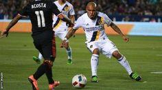 Nigel de Jong: MLS gives midfielder unusual send-off after Galatasaray move - BBC Sport