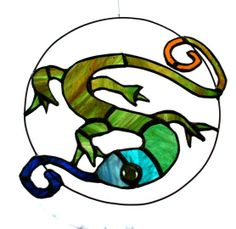 Lizard by Simone Kay Stained Glass