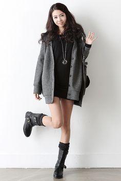 Cute winter Korean fashion.  -Lily.  #streetstyle. #koreanfashion
