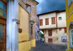 Μπλουζ και αναμνήσεις από την πιο ωραία Παλιά Πόλη της Ελλάδας