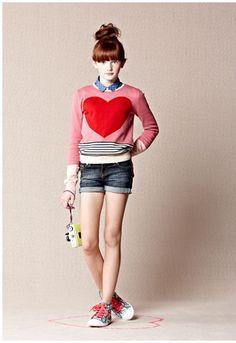Big hearts and girls fashion is always good!