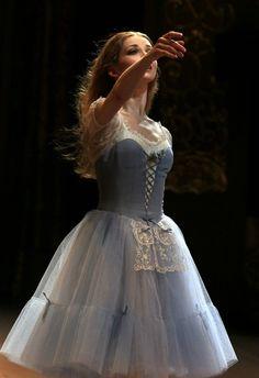 Ballet Costumes, Dance Costumes, Baby Costumes, Ballet Art, Ballet Dancers, Ballet Russe, Ballet Images, Pretty Ballerinas, Russian Ballet