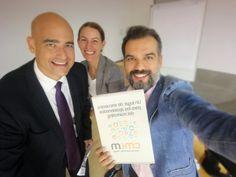 Tarde intensa con el equipo del @cmmalaga, como jurado al premio Mejor Acción de Comunicación y de #MarketingDigital. En la foto junto JoseRuiz y MacarenaGonzález. Gracias por contar conmigo, un honor. 😎😉 Facultad De Comercio Y Gestión (UMA)