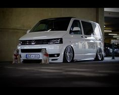 View images of the VW HiLo Roof System online. T5 Camper, Vw T5, Volkswagen Bus, Aston Martin Cars, Cargo Van, Roofing Systems, Street Racing, Busse, Racing Motorcycles