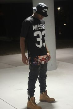Street fashion [black] | Raddest Looks On The Internet: http://www.raddestlooks.net