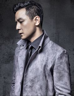 Daniel Wu, who acts in Into the Badlands recently, is an attractive suit dresser, and is greatly loved by Chinese and American audience.