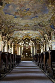 Aula Leopoldina baroque hall at University of Wroclaw, Poland (by pieter.morlion).