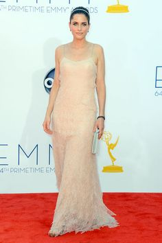 Amanda Peet looked ethereal in a simple nude gown.