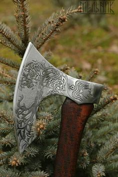 Viking Shield, Viking Axe, Vikings, Forging Knives, Throwing Axe, Tomahawk Axe, Axe Handle, Viking Culture, Battle Axe