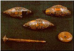 Verucchio, Tomba Lippi 47, fibule, orecchini e conocchia. 7th c. BC