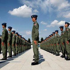 Turkish Army Turkish Soldiers, Turkish Army, Pilot, Military, Instagram, Pilots, Military Man, Army