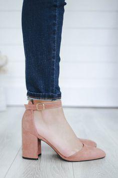 Women's Boutique Suede High Heels - Online Clothing Boutique Shoes Heels Heeled shoes have always been challenging for us women. Ankle Heels, Pumps Heels, Suede Heels, Yellow Shoes Heels, Peach Heels, Zebra Print Shoes, Mode Ulzzang, Heeled Espadrilles, Frauen In High Heels